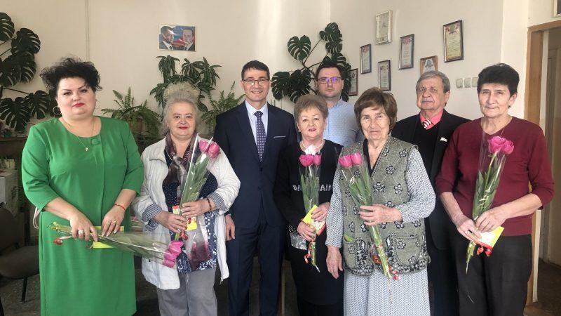 Председатель горсовета поздравил актив ТОСа №2 с наступающим праздником