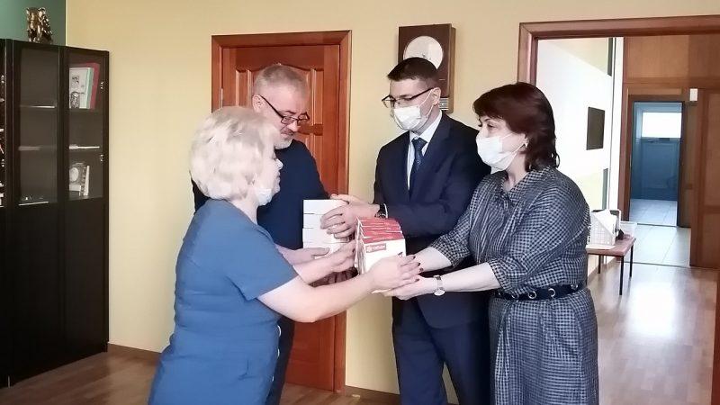 """Пульсоксиметры от """"ЕДИНОЙ РОССИИ"""""""
